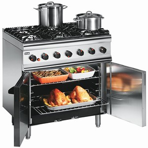 Lincat Silverlink 600 Gas Oven 6 Burner Range (SLR9 P Propane with Legs at Rear and Splashback)