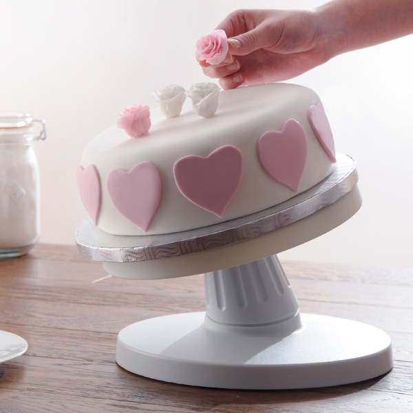 Mason Cash Tilting Cake Decorating Turntable 25cm ...