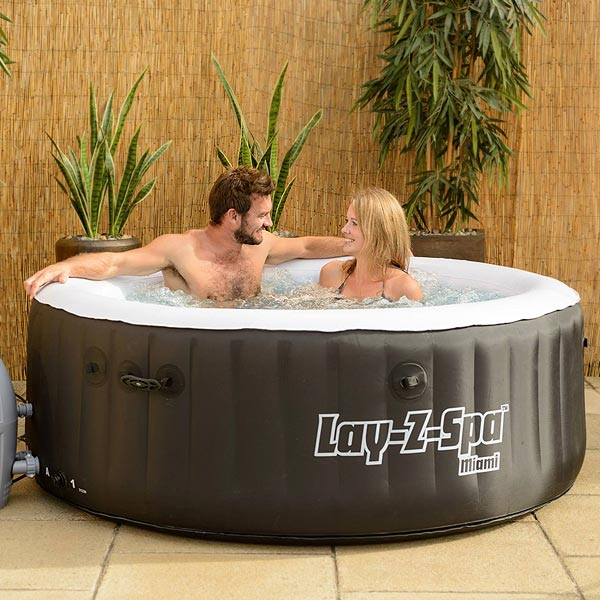 lay z spa miami inflatable hot tub 2015 at. Black Bedroom Furniture Sets. Home Design Ideas